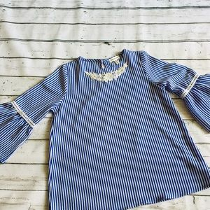 Monteau girl bell sleeve Lace pearl collar Sz: 10